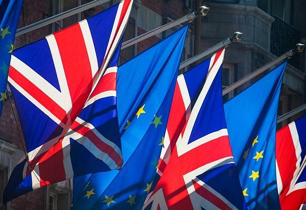 uk-cabinet-approves-brexit